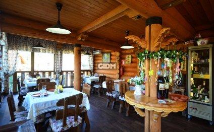 Ресторанно-гостиничный